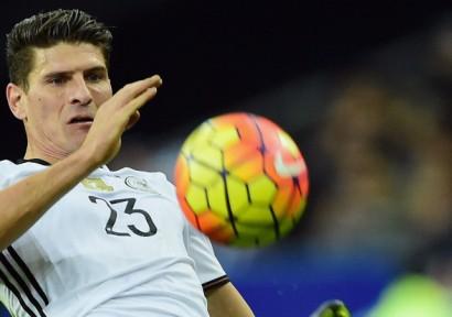 Besiktas stellt Gomez vor